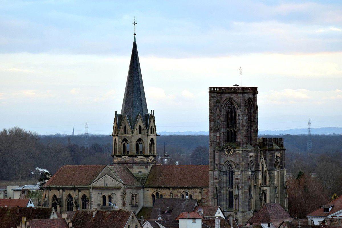 TRESORS DU PATRIMOINE FRANCAIS : ROUFFACH  (HAUT-RHIN) - L'EGLISE NOTRE-DAME DE L'ASSOMPTION