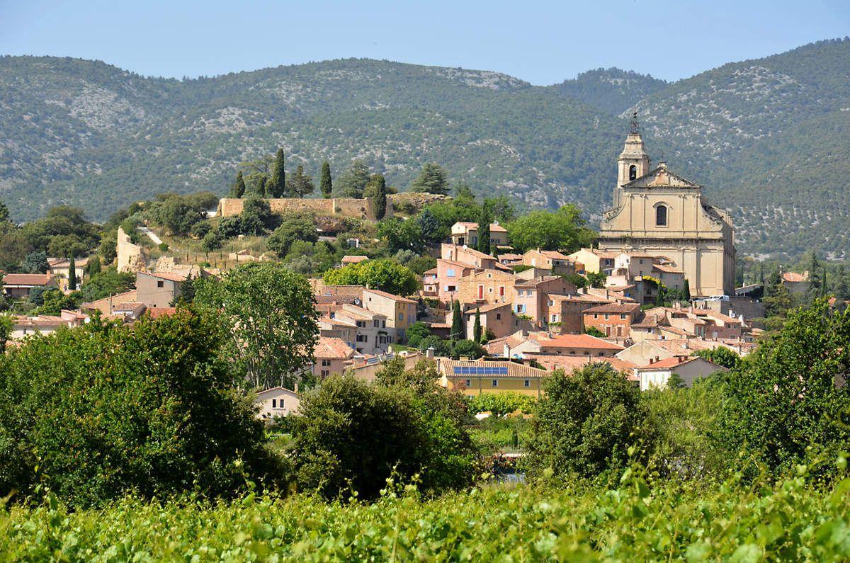 TRESORS DU PATRIMOINE FRANCAIS : LE VIGNOBLE DE L'AOC VENTOUX  (VAUCLUSE)