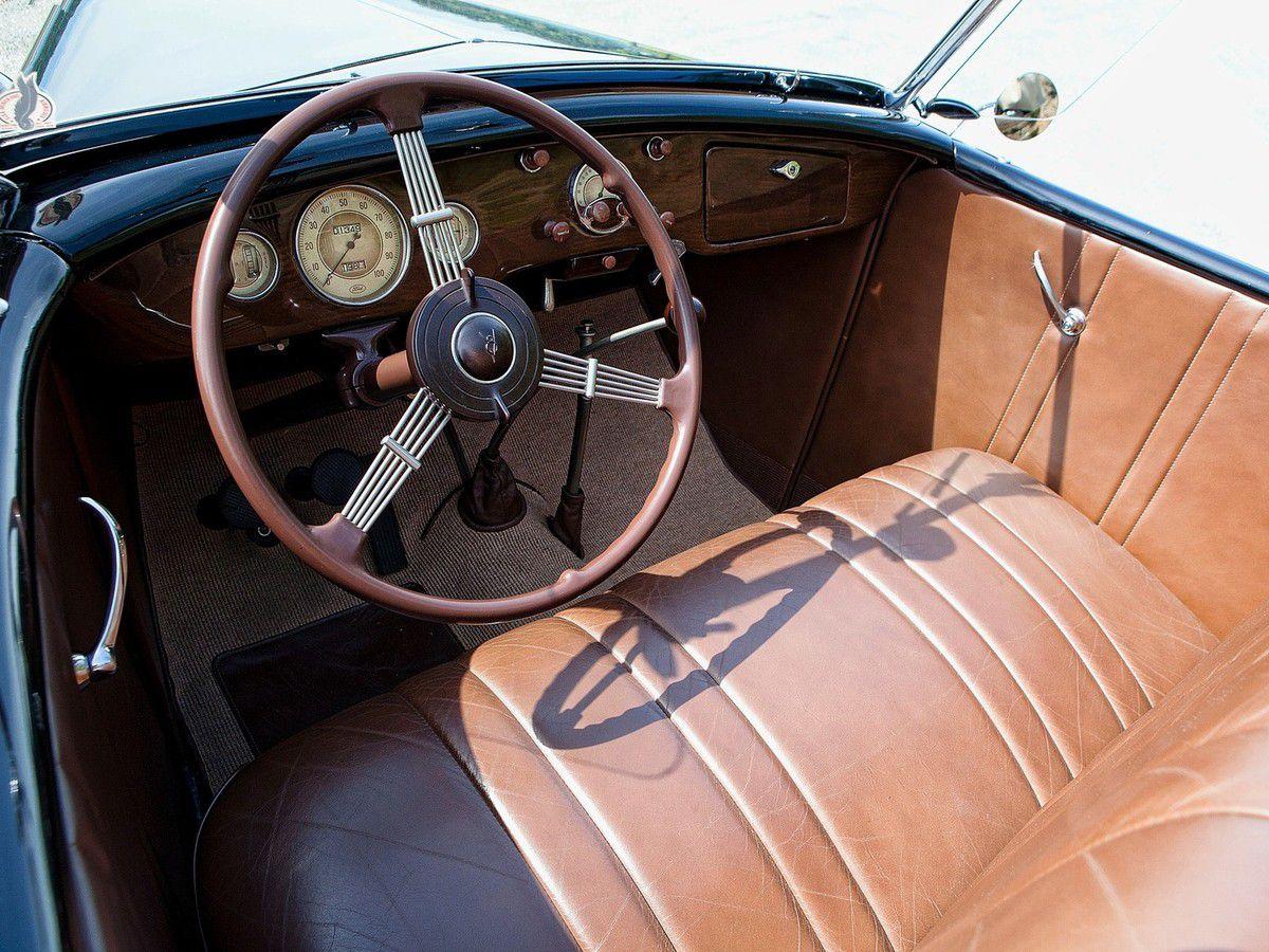 VOITURES DE LEGENDE (1031) : FORD  V8 DeLuxe ROADSTER - 1936