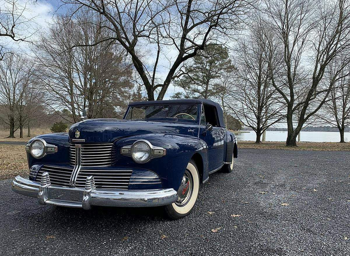 VOITURES DE LEGENDE (1037) : LINCOLN  CONTINENTAL CONVERTIBLE - 1942