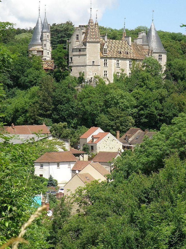 TRESORS DU PATRIMOINE FRANCAIS : LA ROCHEPOT  (COTE-D'OR) - LE CHATEAU