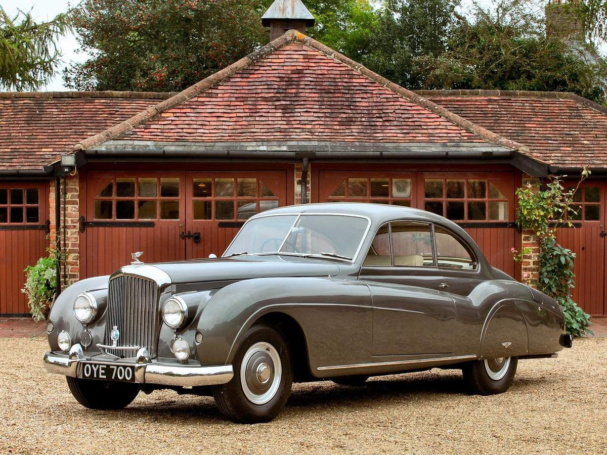 VOITURES DE LEGENDE (1084) : BENTLEY  R-TYPE ABBOTT DE FARNHAM COUPE - 1954