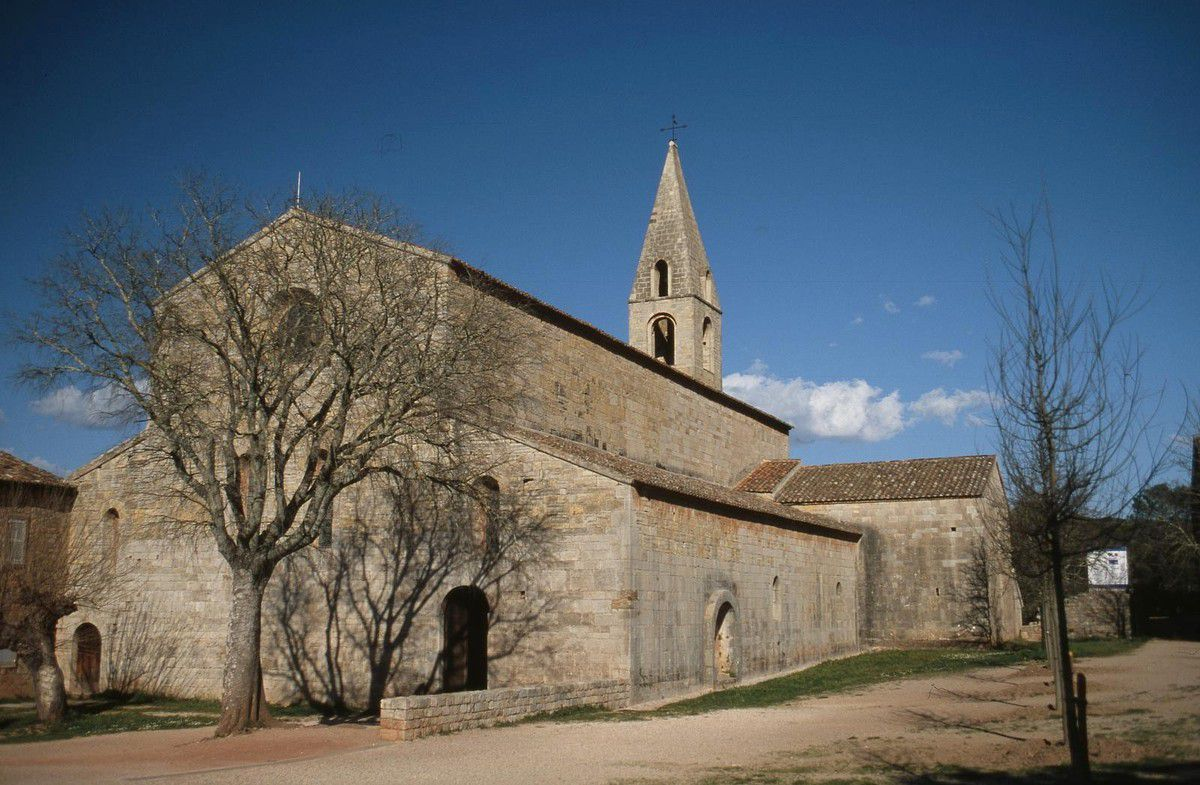 TRESORS DU PATRIMOINE FRANCAIS : LE THORONET  (VAR) - L'ABBAYE CISTERCIENNE