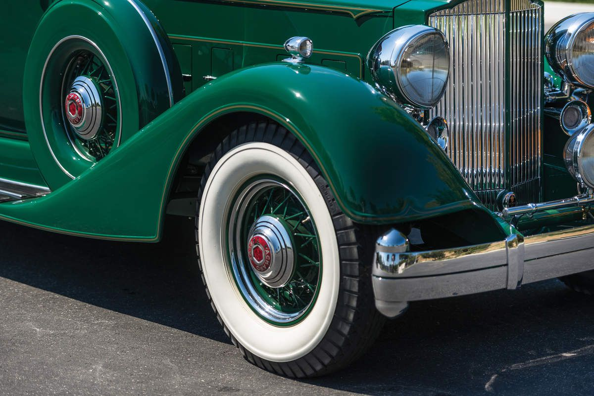 VOITURES DE LEGENDE (1103) : PACKARD  TWELVE 5 PASSENGER PHAETON  SERIES 1107 - 1934