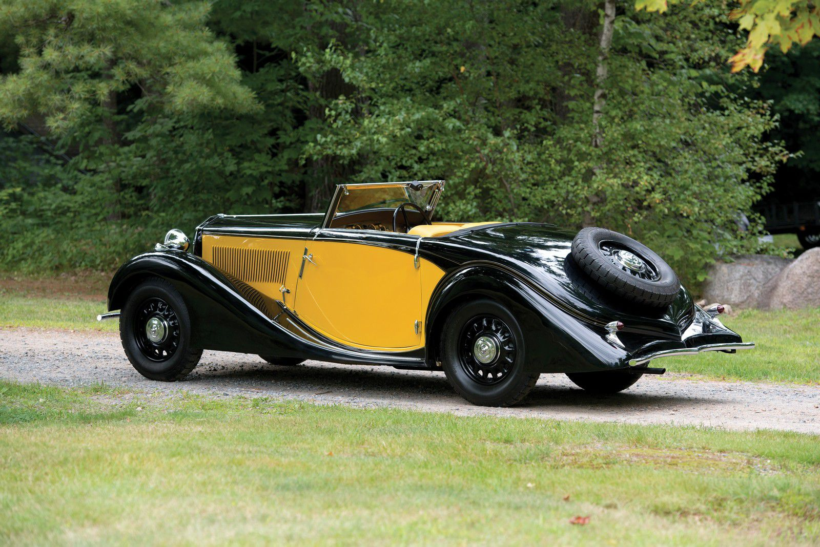 "VOITURES DE LEGENDE (1113) : LANCIE  BELNA ""ECLIPSE"" Par POURTOUT - 1935"