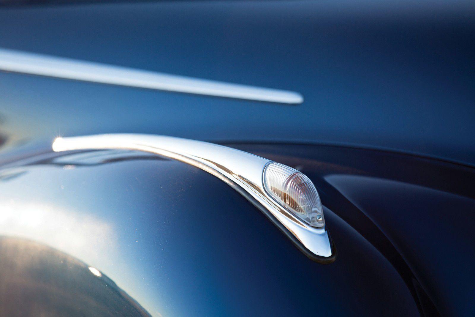 VOITURES DE LEGENDE (1116) : BMW  502 BAUR CABRIOLET - 1956