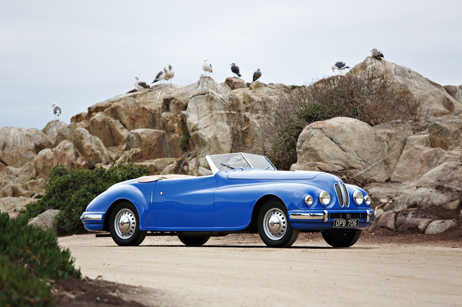 VOITURES DE LEGENDE (1159) : BRISTOL  402 - 1949
