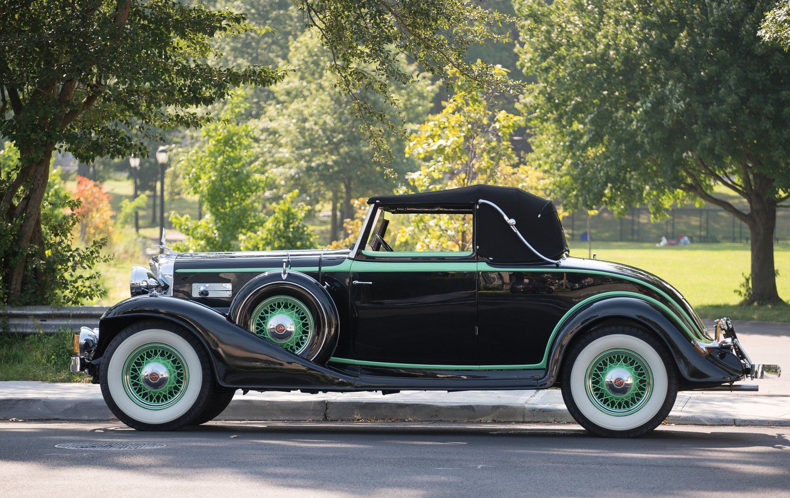 VOITURES DE LEGENDE (1171) : LaSalle V8 CONVERIBLE COUPE - 1933