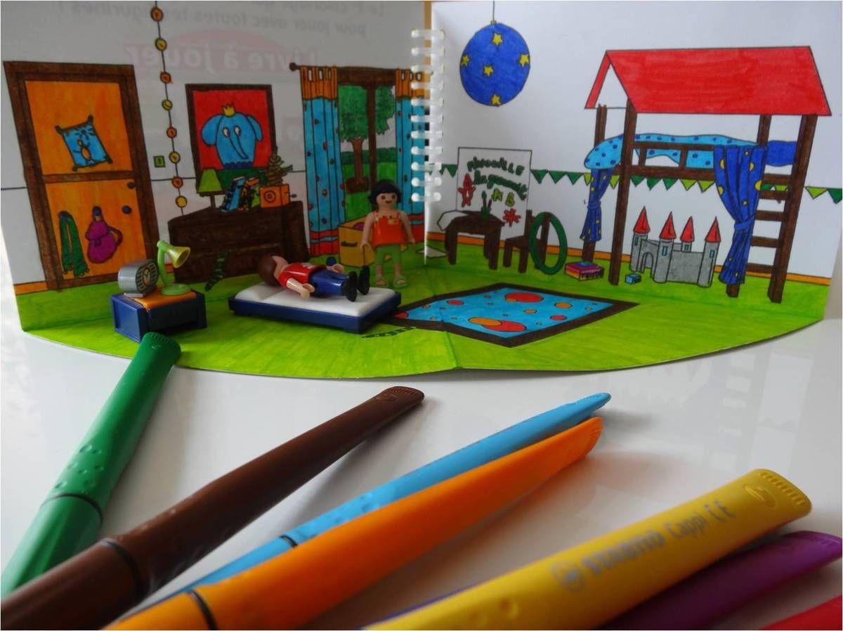 Maison de poche pour Playmobil, à colorier !