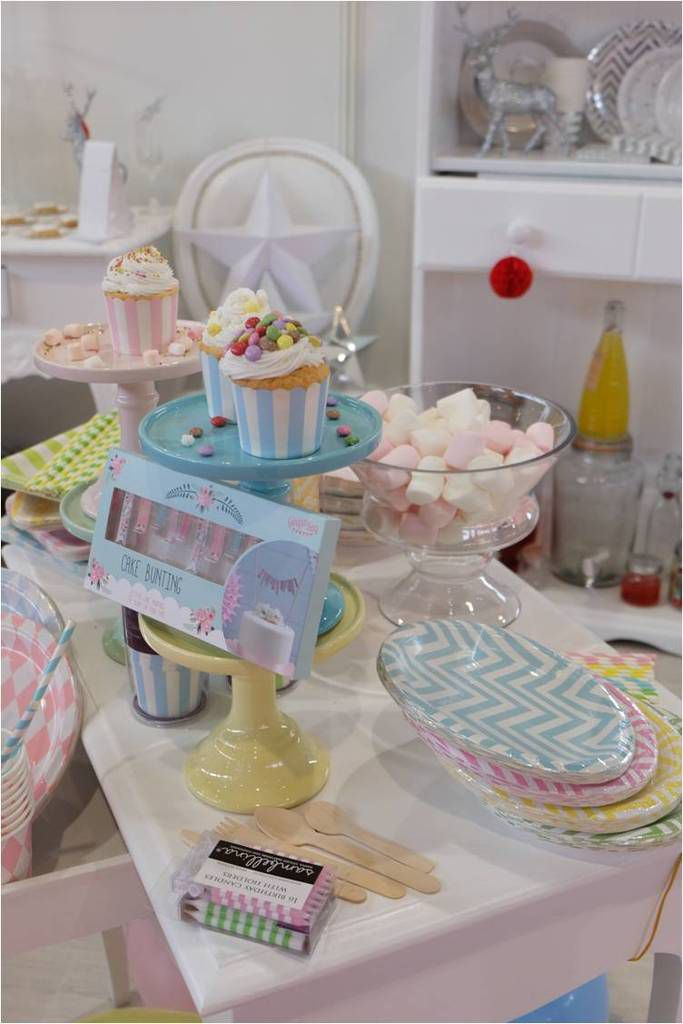 Inspirations pour candy bar sur le stand d'Holly Party