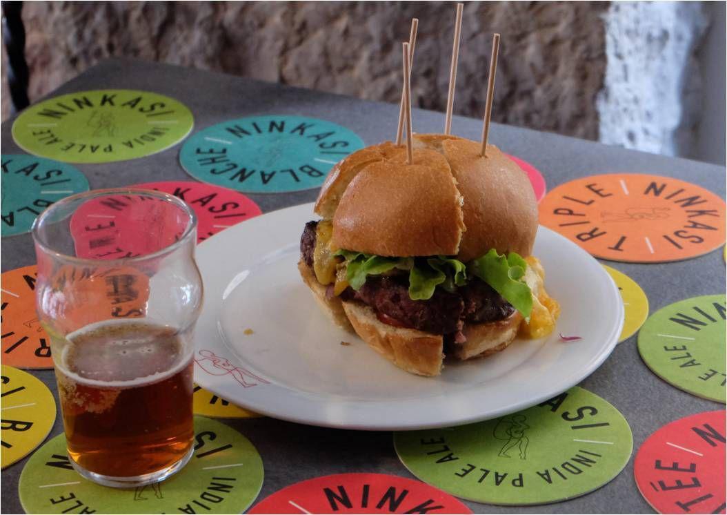 N comme Ninkasi : bière, burger & milkshake 🍻 🍔