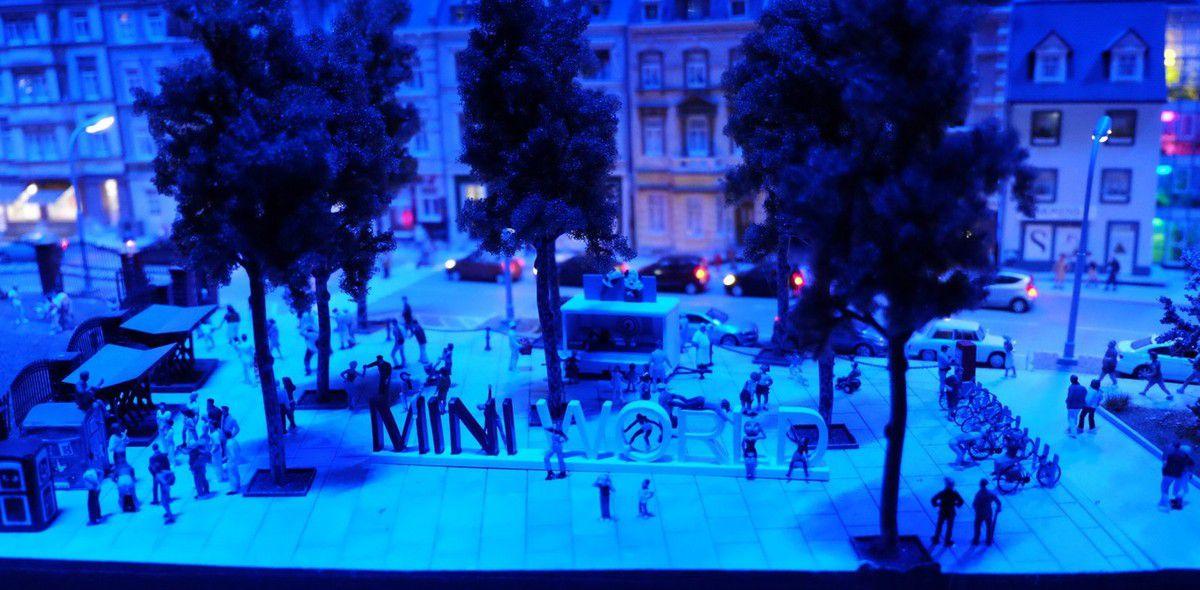 Il fait nuit sur Mini World !