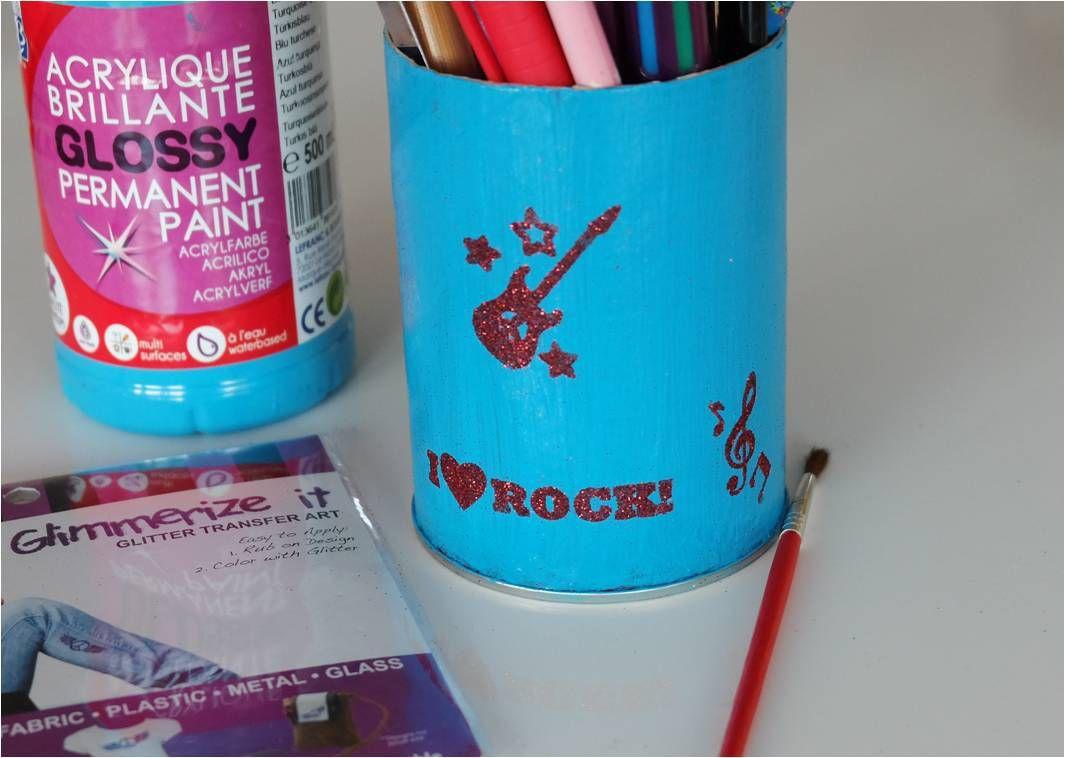 Pot à crayons avec une boîte de Pringles [tuto]