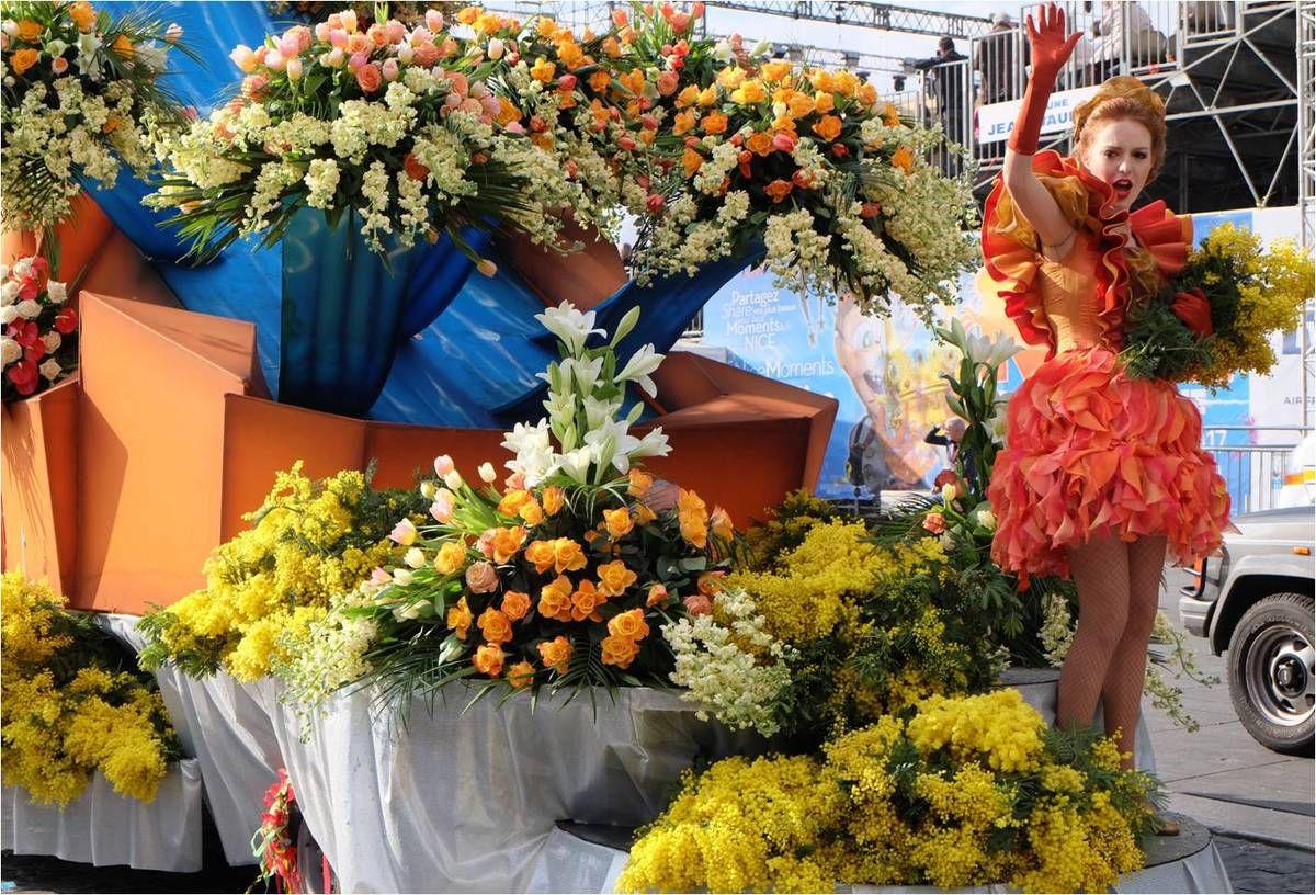 Bataille de fleurs 💐 Carnaval de Nice 2017