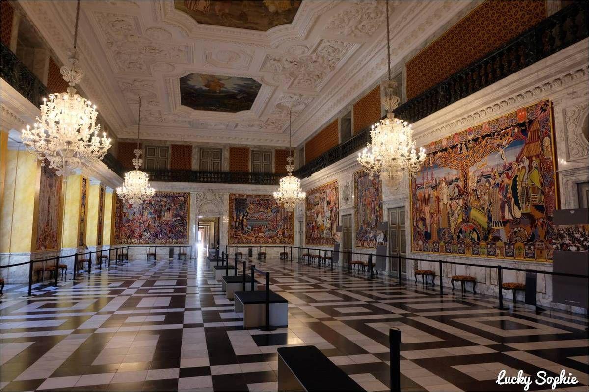 La grande salle de réception avec ses tapisseries racontant 1000 ans d'histoire du Danemark.