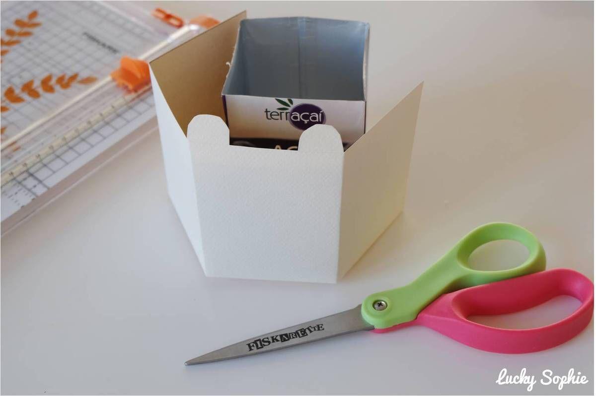 Fabriquer un pot à crayons avec une brique de Tetra Pak, c'est super simple !