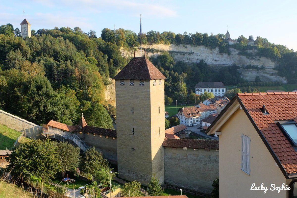 Visiter Fribourg en jouant au golf urbain !