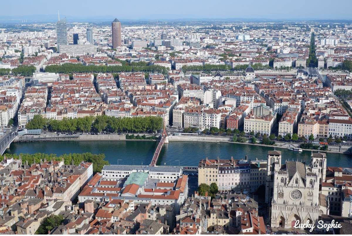 Visite insolite en famille sur les toits de Fourvière à Lyon