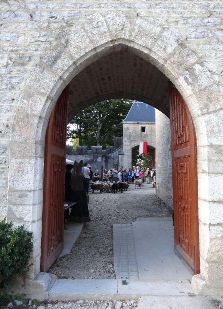 Dimanche médiéval au château de Chazey-sur-Ain