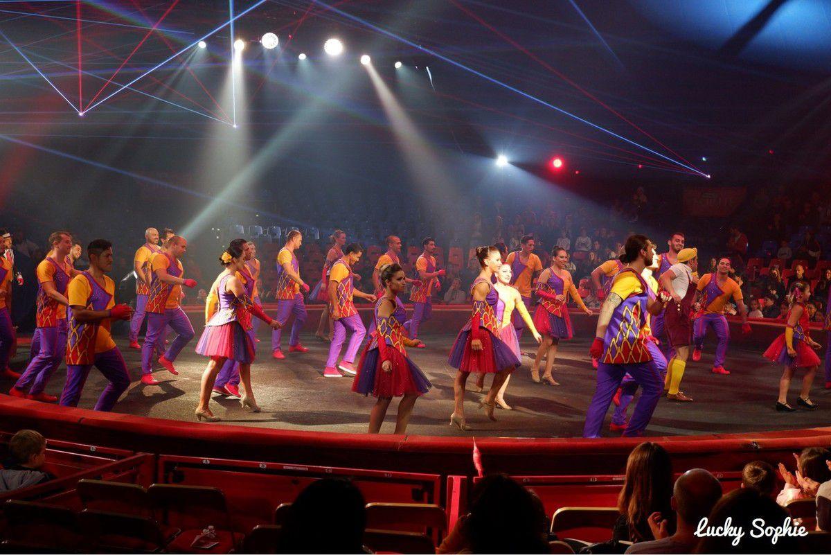 Une équipe d'artistes incroyables pour ce spectacle des 35 ans du cirque Arlette Gruss.