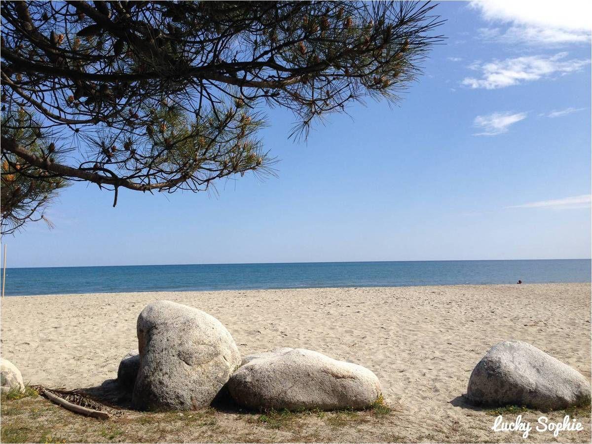 Un camping avec accès direct à une si jolie plage, c'est pas mal, hein ?!