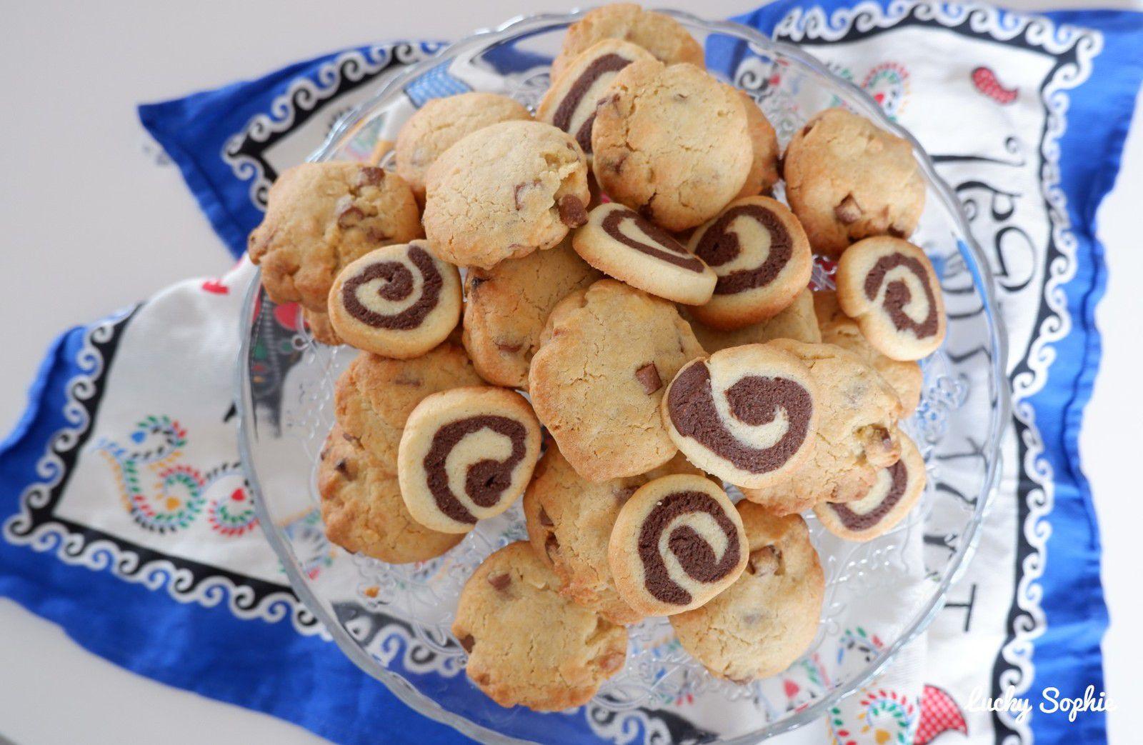 Attention intrus, quelques sablés spirales se sont glissés dans la fournée de cookies !