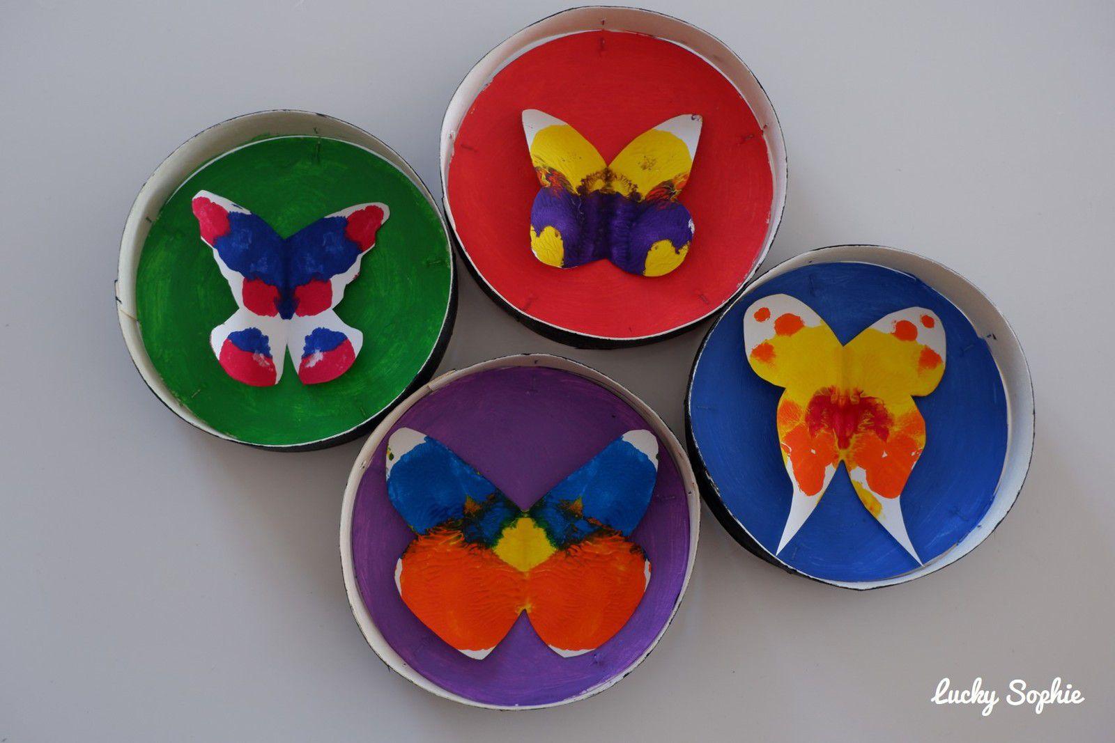 Boîtes à camembert papillons