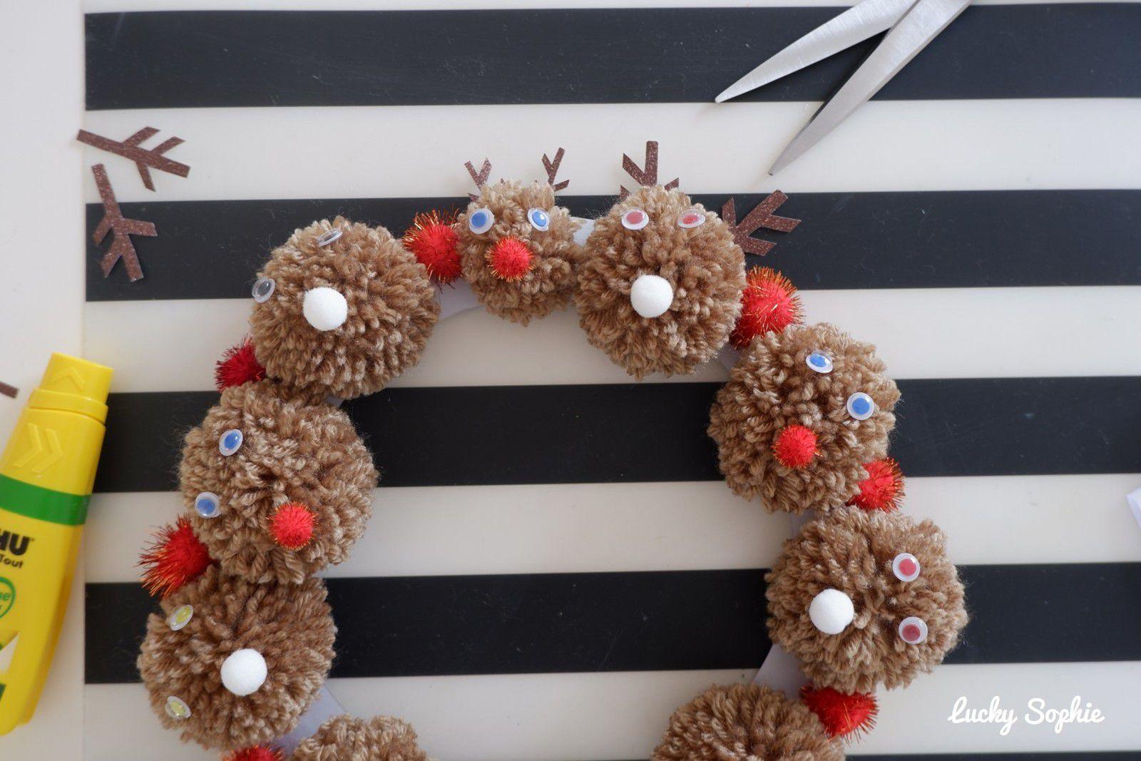 Couronne de Noël en pompons 🎄 DIY