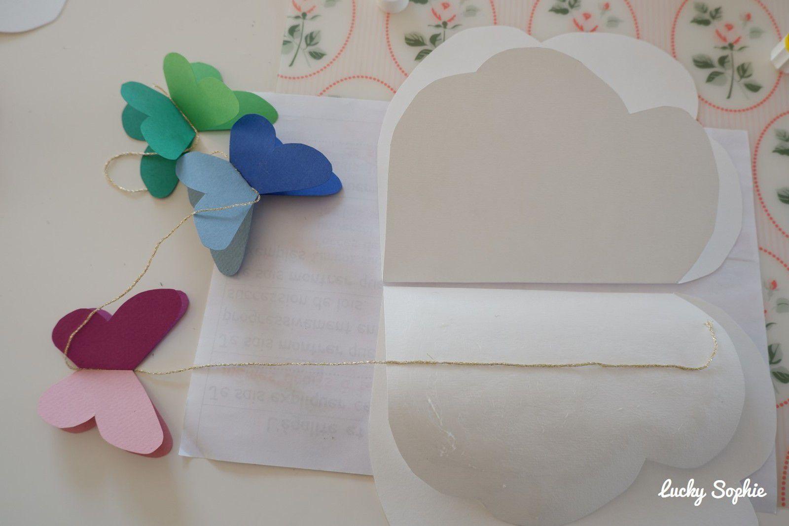 Mobile papillons en papier DIY