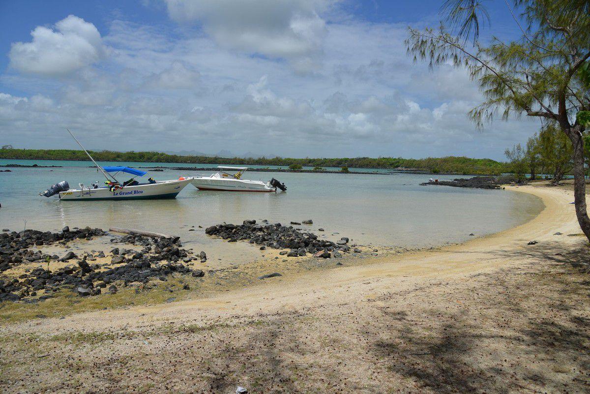 Maurice 2017 : l'îlot bernache et l'île d'ambre avec patrick KARIA ...