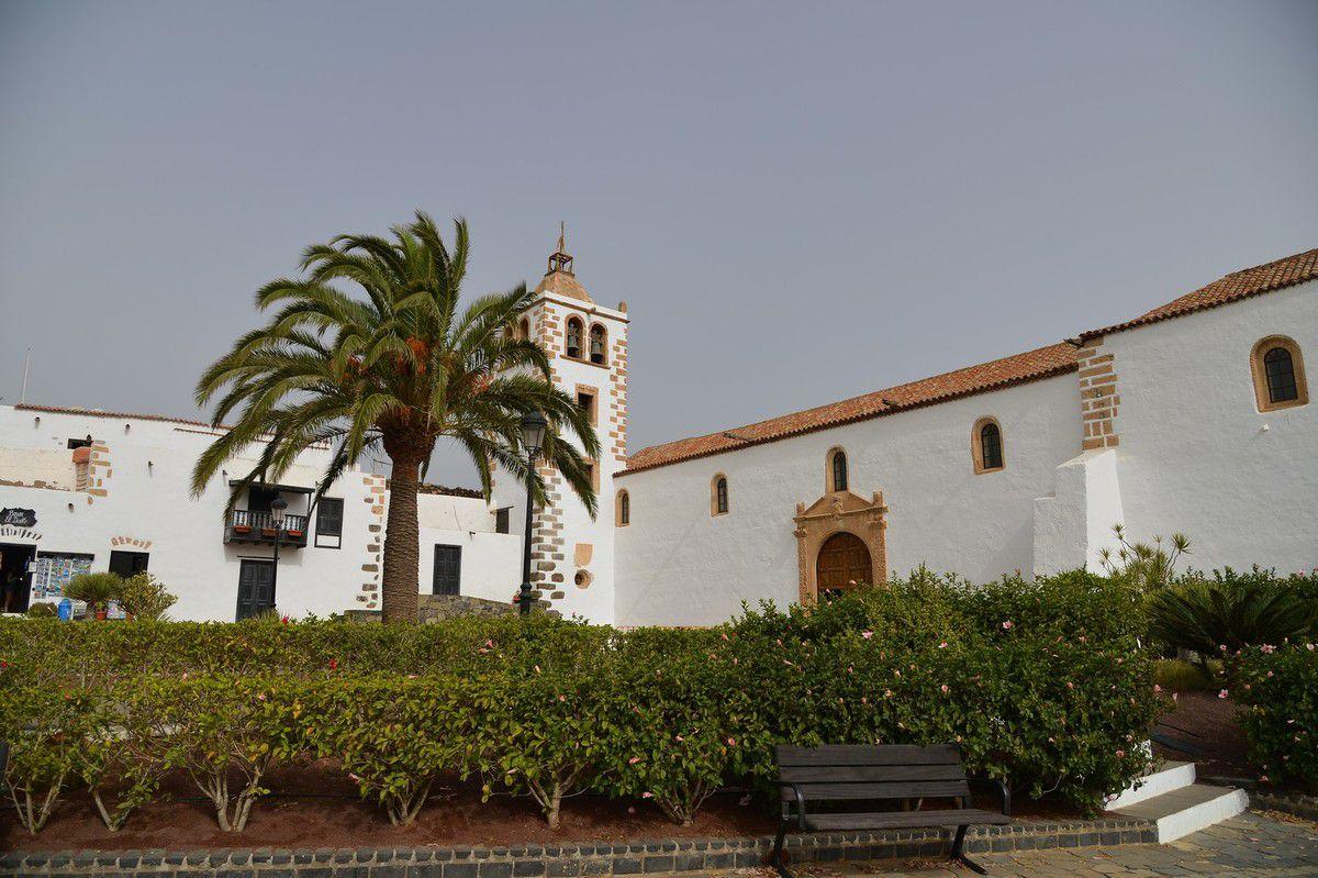 FUERTEVENTURA : le centre et Betancuria ...