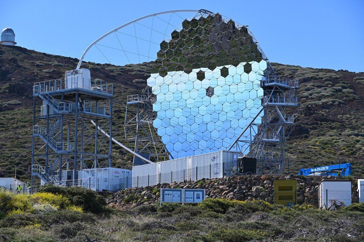 La Palma : el roque de los muchachos ...