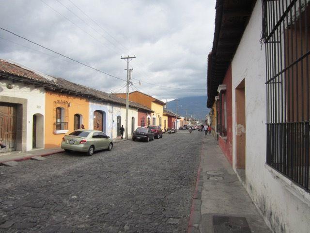 les rues pavees d'Antigua