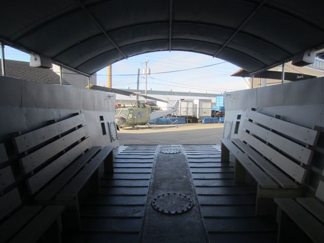 a l'interieur d'un Landing Craft Mechanized, ou engin de debarquement