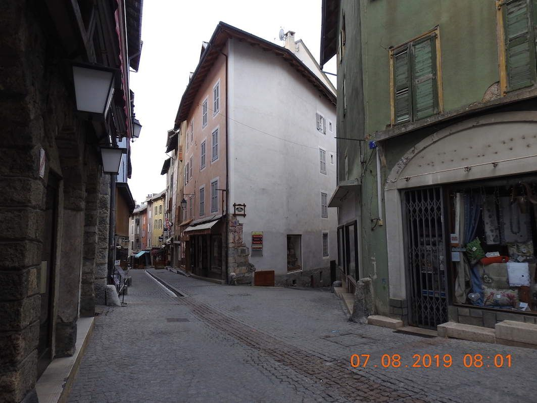 Rue du Temple à Briançon