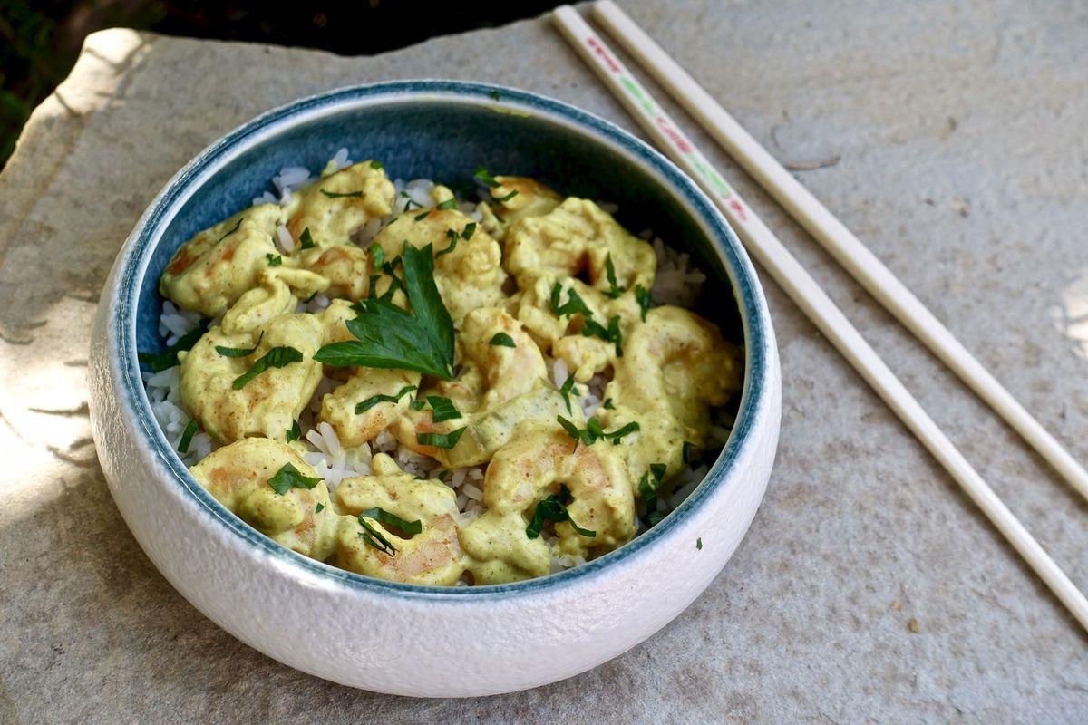 Crevettes, crème de coco au curry