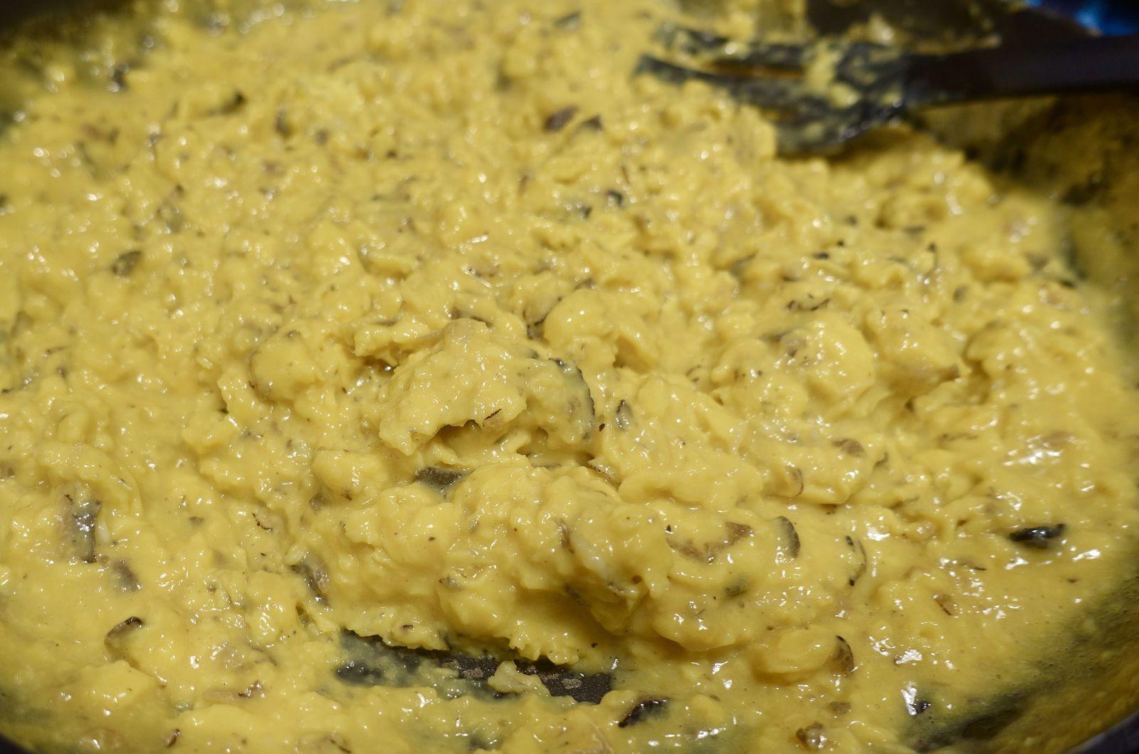 Brouillade à la fin de cuisson avant dressage