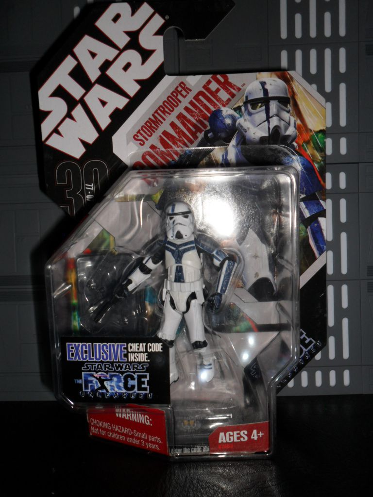 Collection n°182: janosolo kenner hasbro - Page 16 Ob_582159_stomrtrooper-commander