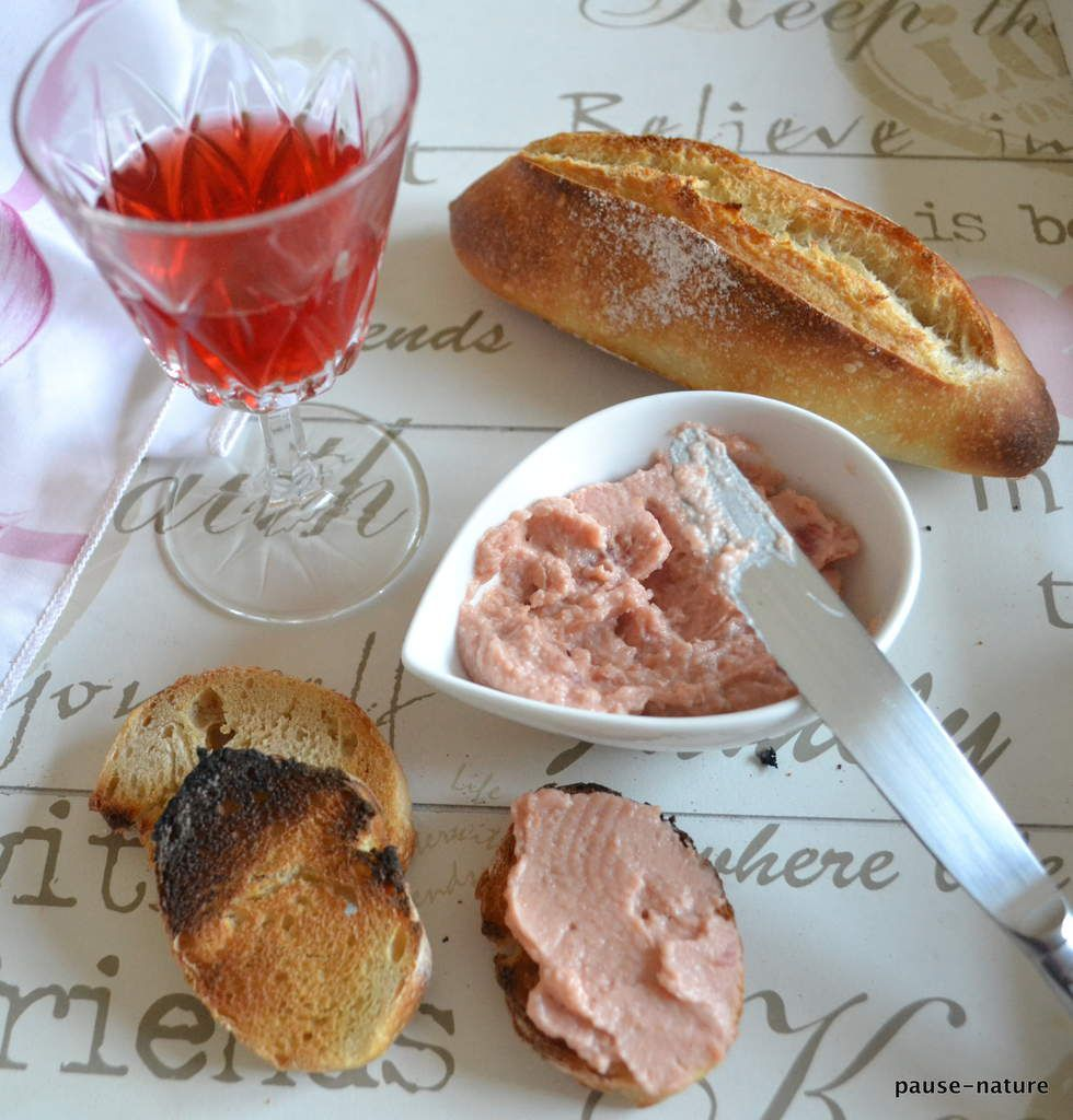 Tartinade toute rose pois chiche-betterave