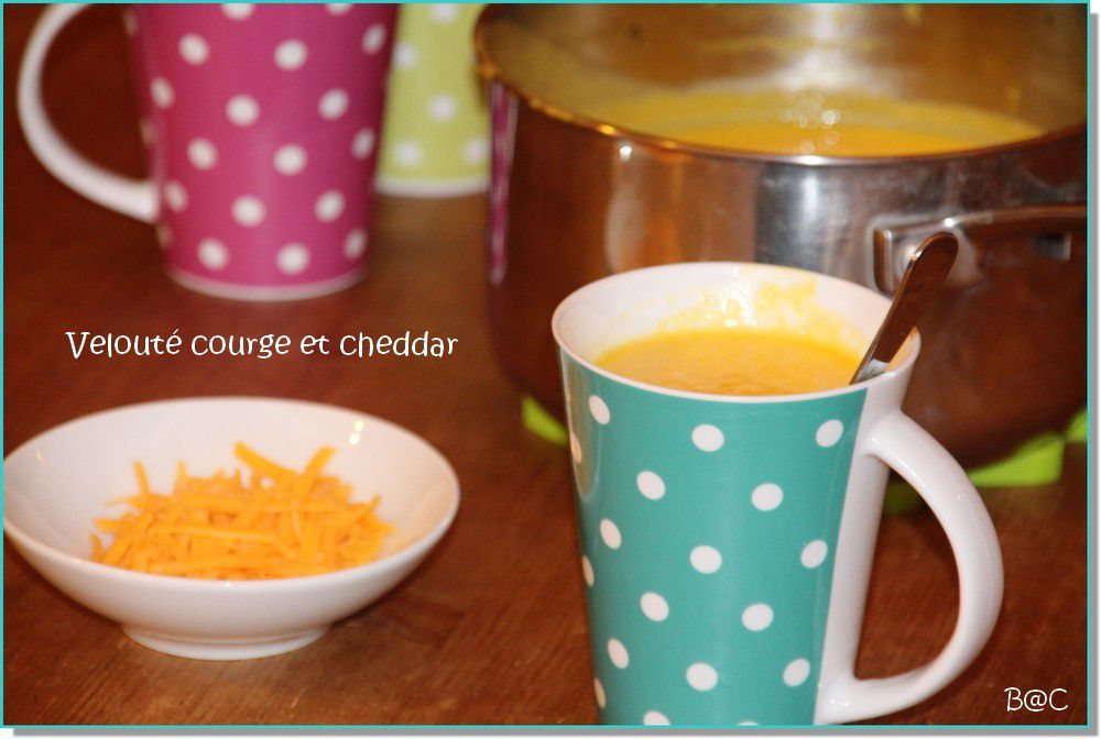 Velouté de courge buttenut au cheddar et curry