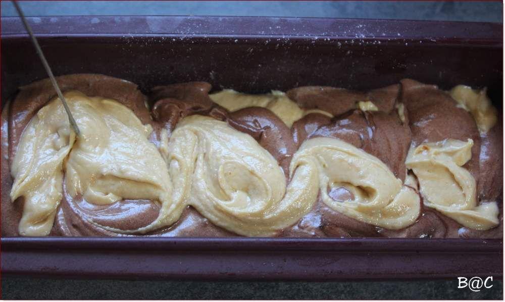 Cake marbré chocolat-cacahuètes
