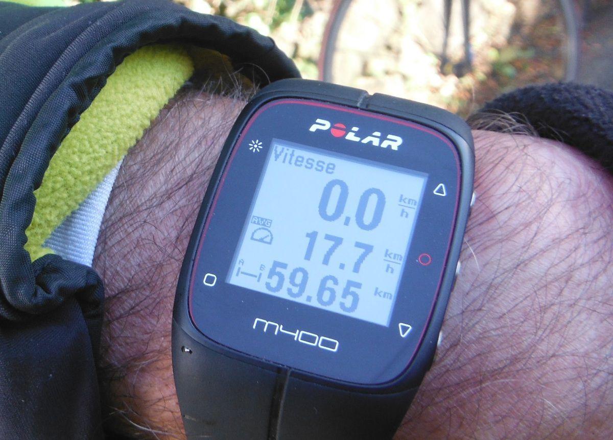 Sur le poignet de Daniel. GPS offert pour ses 70 ans par ses enfants.