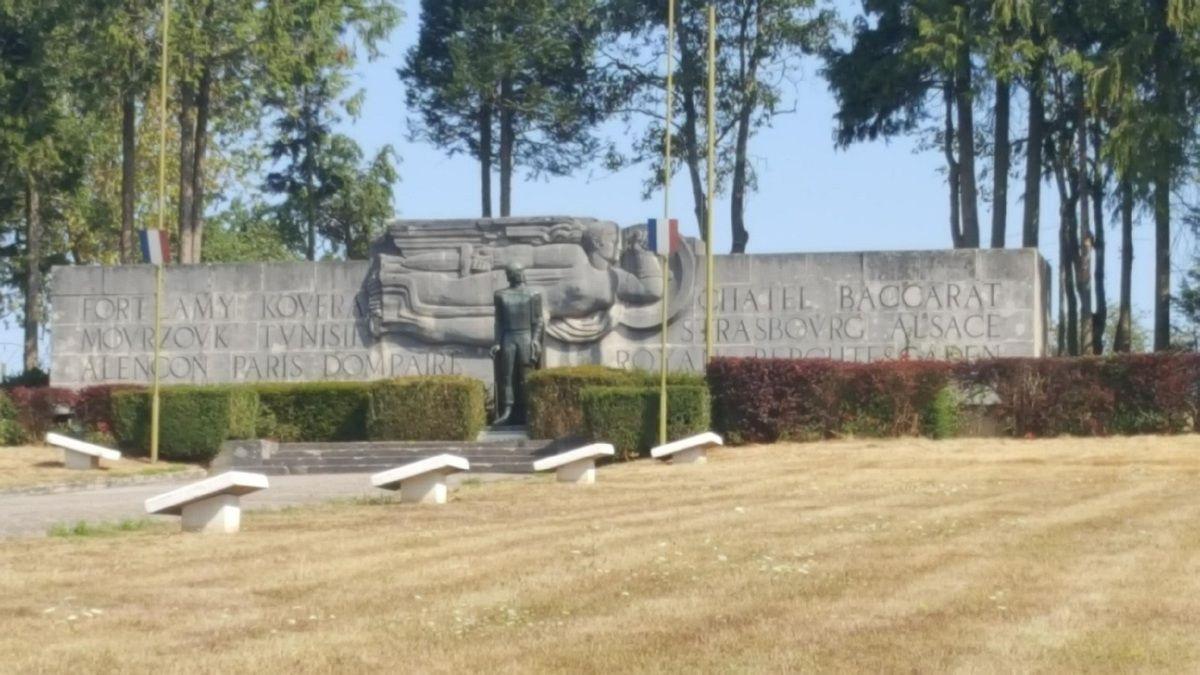 Le monument de la 2ème DB du Général Leclerc. (Photo de Patrice Monnier)