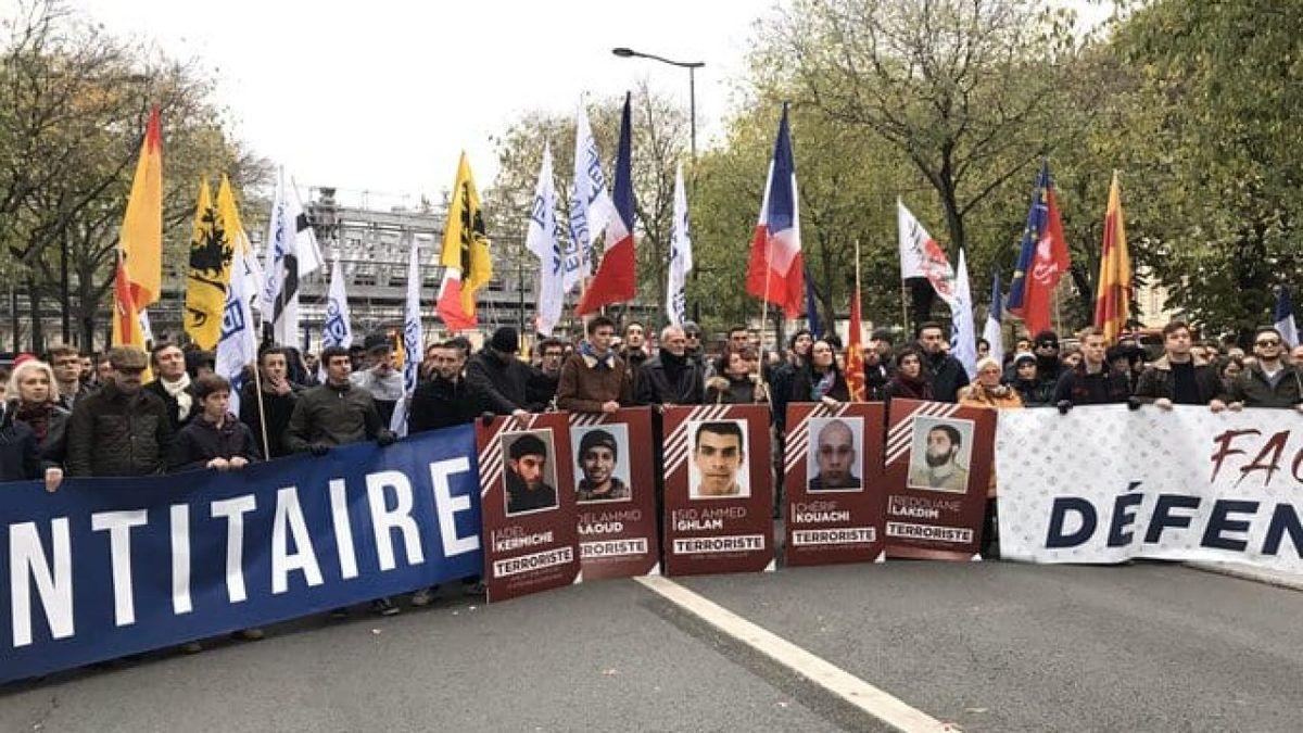 Manifestations de rue et révolution de couleur inversée