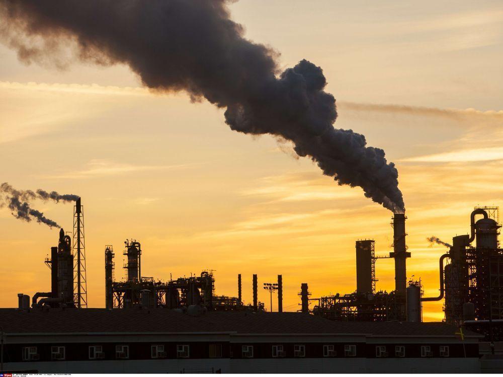 Sacrifier l'économie réelle pour sauver la planète ? De l'obsolescence des révoltes populaires.