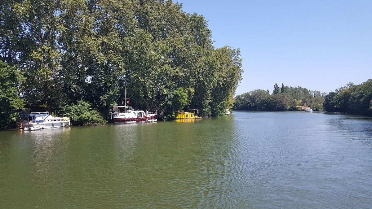 canal_du_midi_port_cassafieres