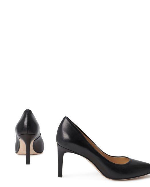 jolis escarpins classiques noirs en cuir
