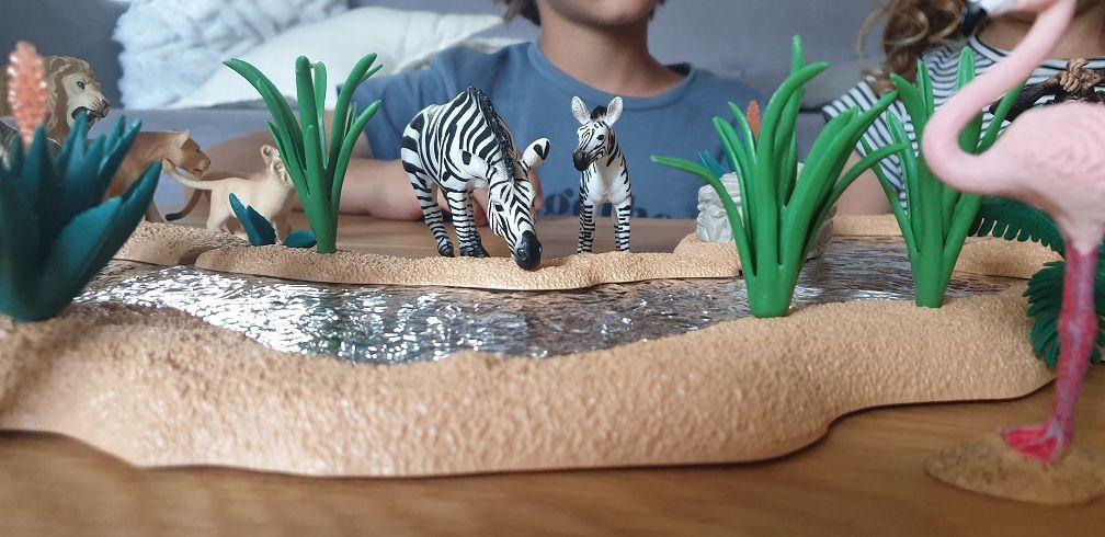 figurines schleich sur les animaux de la savane