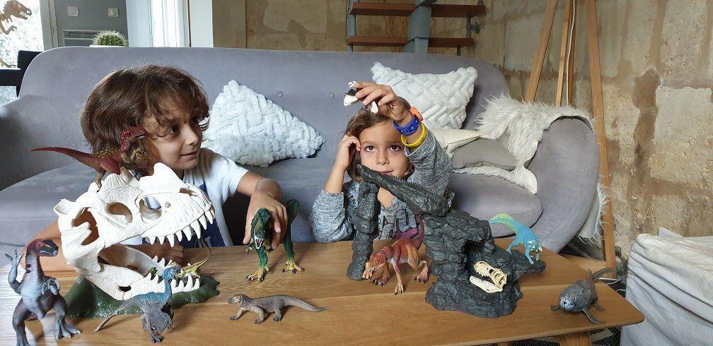 Les jouets schleich sont des figurines sous forme de dinosaures