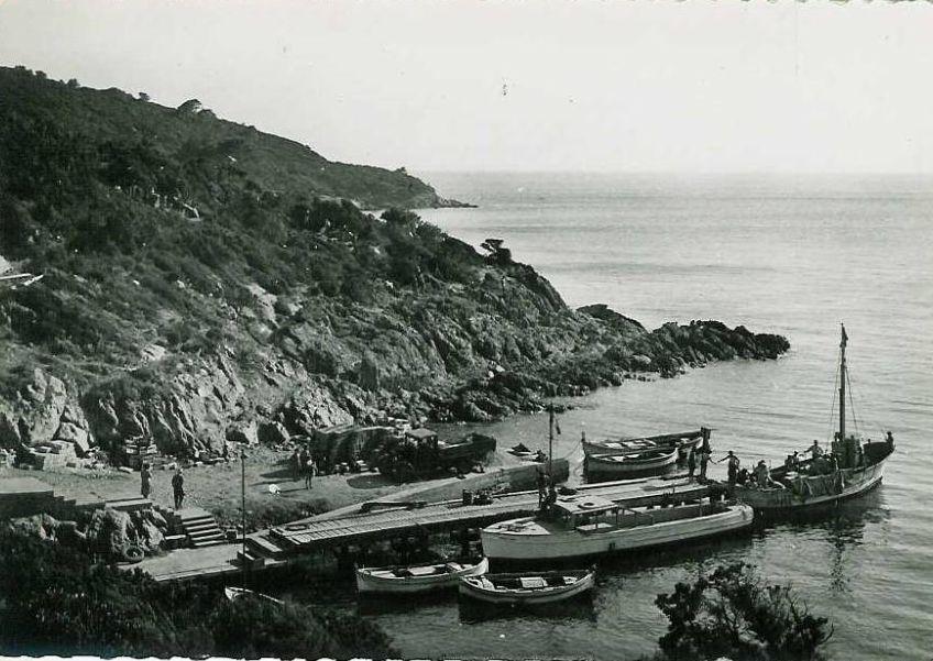 Dans la collection des revues de l'ADIL : les horaires des bateaux début 1950